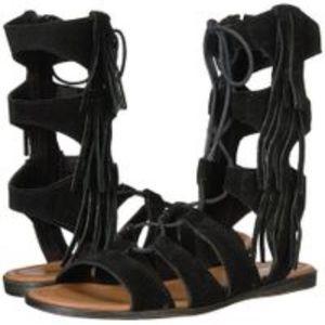 NEW Minnetonka Milos Gladiator FRINGE Sandal